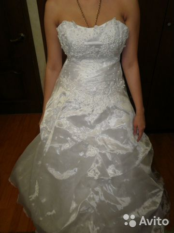 Объявление о продаже Свадебные платья в Республике Адыгее на AVITO.ru. торг уместен к одному из платьев перчатки или...