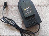 Зарядное устройство дрели шуруповерта DeFort 12V