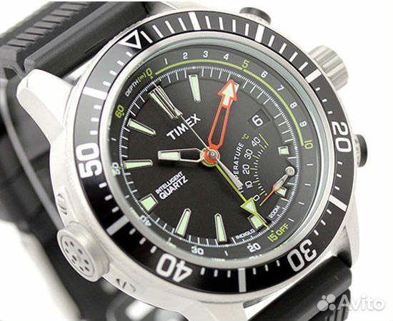 Часы мужские для дайвинга будут исправно функционировать под водой, а на суше станут эффектным дополнением к повседневной одежде или к деловому костюму.