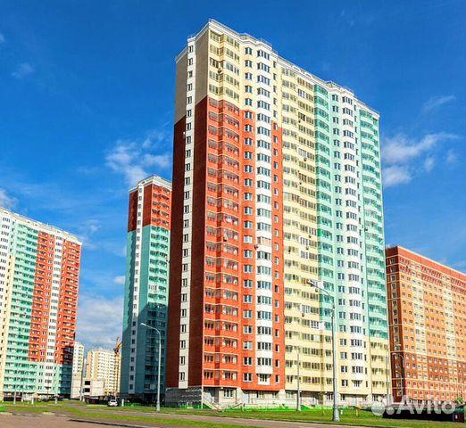 Продается двухкомнатная квартира за 6 420 000 рублей. г Москва, ул Вертолётчиков, д 11.