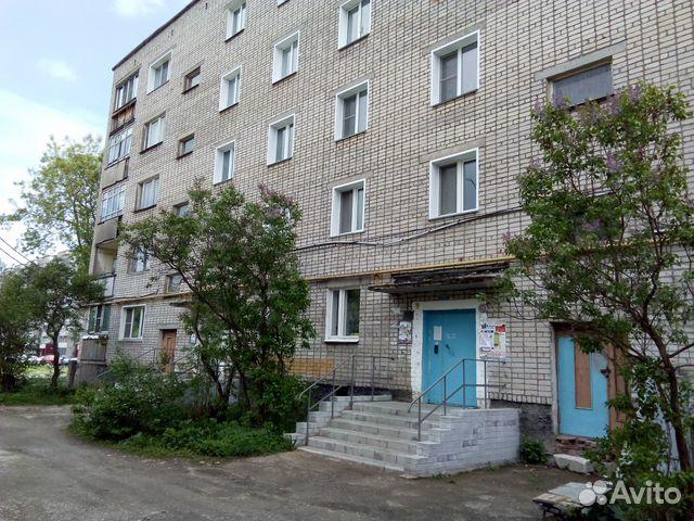 Продается двухкомнатная квартира за 1 100 000 рублей. г Киров, мкр Лянгасово, ул Гражданская, д 32.