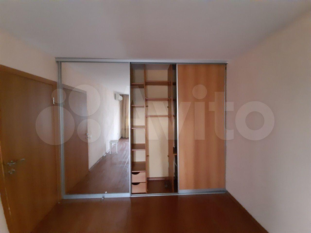 1-room apartment, 32 m2, 9/9 FL.  89587543926 buy 6