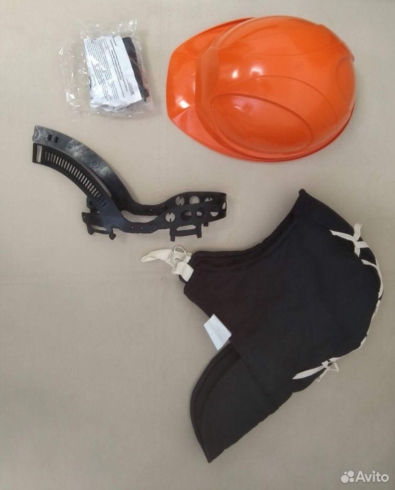 Helmet construction