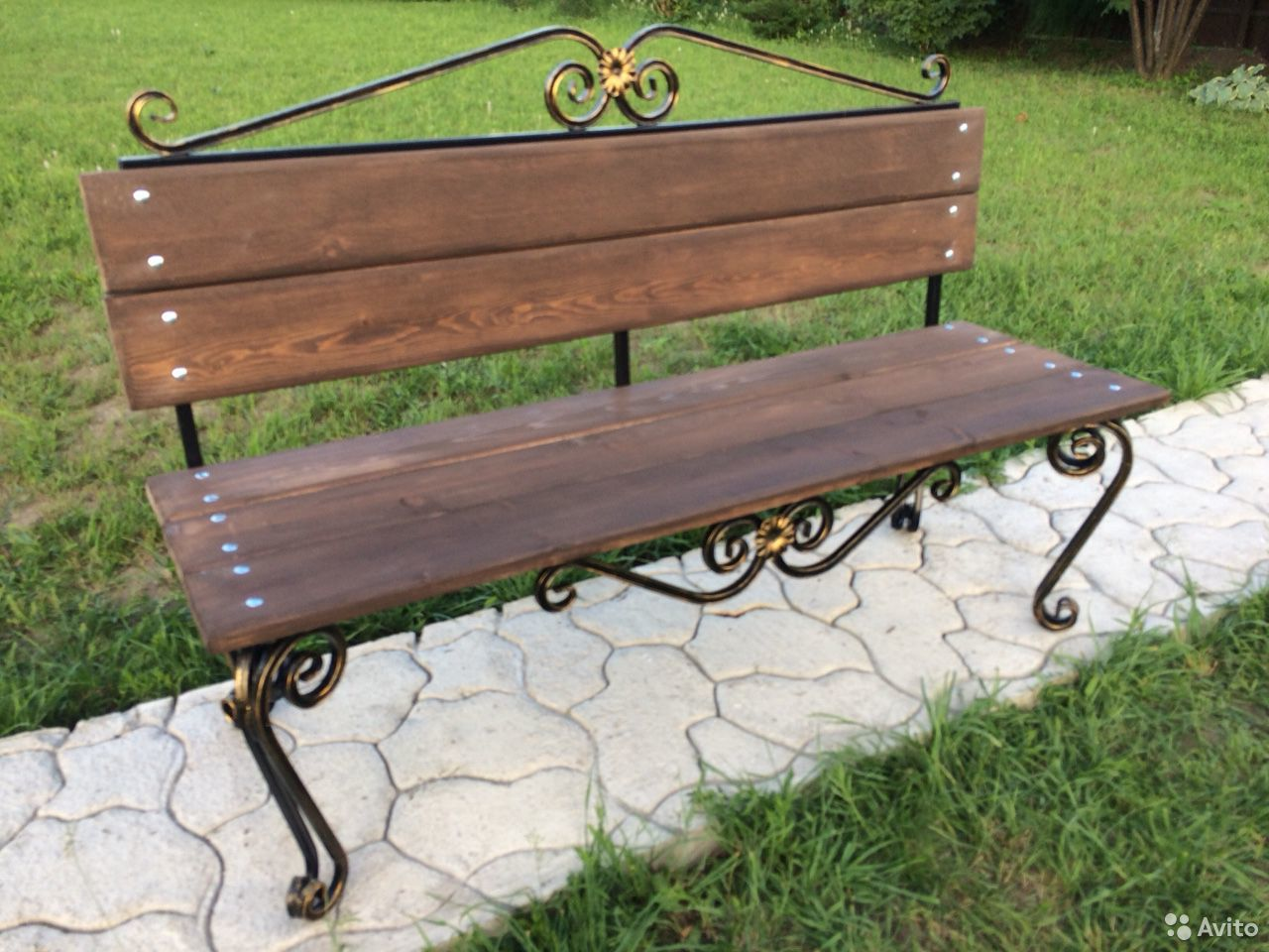 Скамейка садовая лавочка с элементами ковки  89231448101 купить 1